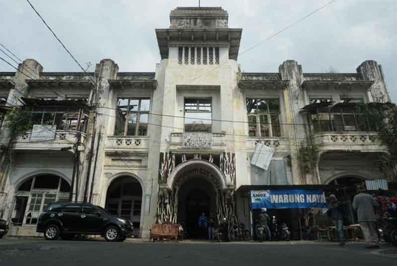 Het Warenhuis (1)